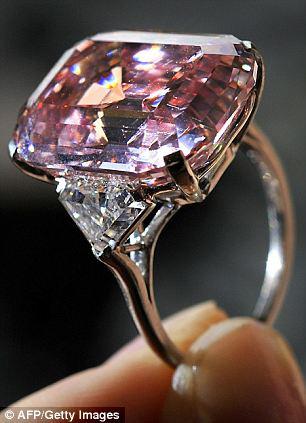 گران ترین الماس صورتی جهان