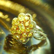 محبوبیت غیرمنتطره الماس زرد