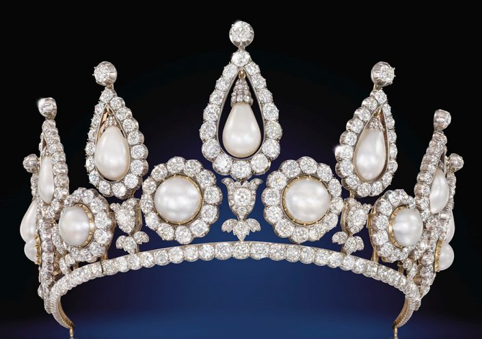 تاج الماس و مروارید رزبری