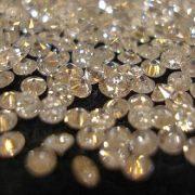 زیمباوه در تلاش برای توسعه صنعت الماس و جواهر
