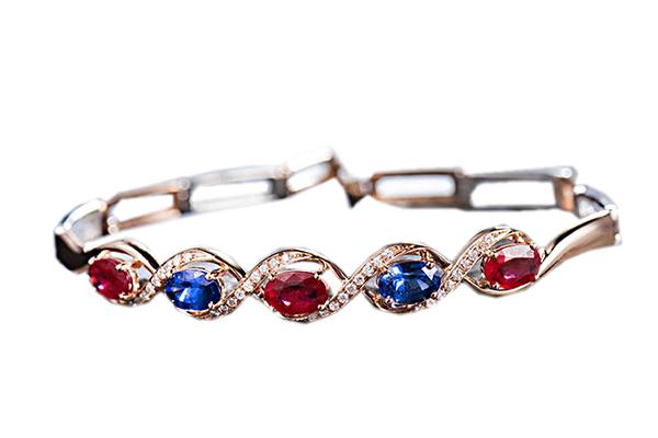دستبند با سنگ یاقوت سرخ، یاقوت کبود و الماس با کد محصول BR.0017