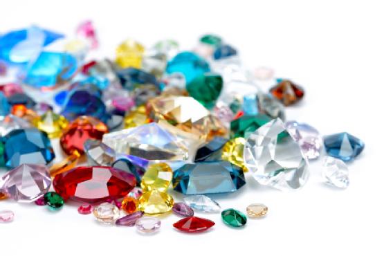 معیارهای تعیین قیمت هر قیراط سنگ جواهر