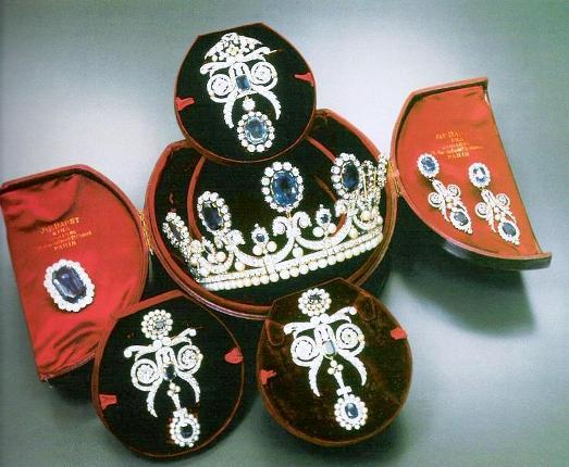 مجموعه جواهرات ملکه ماری آنتوانت