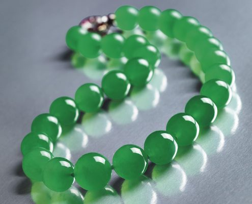 IDENTIFYING OF NATURAL JADE FROM SYNTHETIC