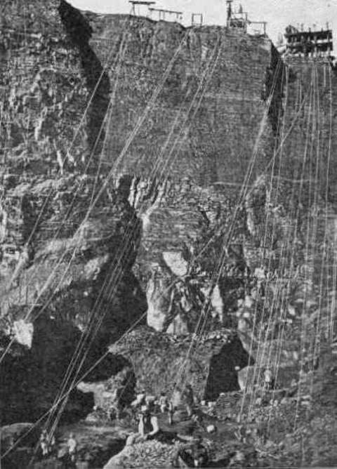 بخش داخلی معدن الماس De Beers در سال 1874
